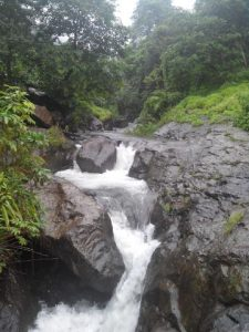 jepara-waterfalls-hopping-3